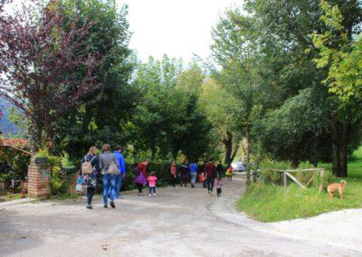 autunno-e-castagne-alla-cittadella-di-montemonaco-sui-monti-sibillini27