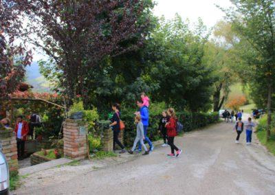 autunno-e-castagne-alla-cittadella-di-montemonaco-sui-monti-sibillini4